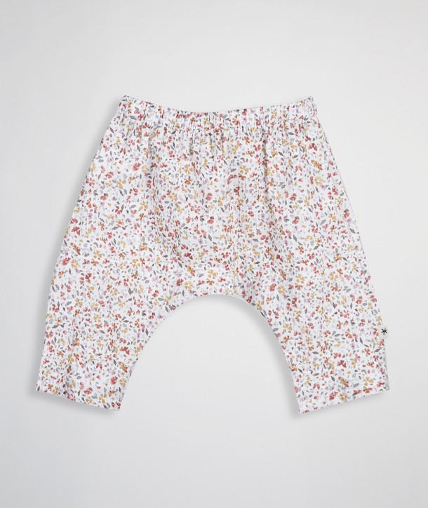 Newborn pant with a pleated effect
